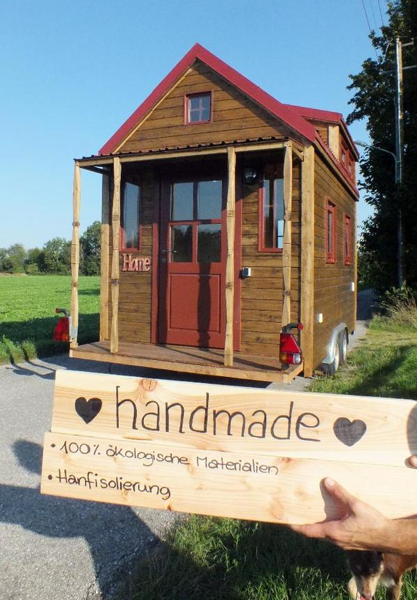 tiny house on wheels wohnwagen gartenhaus bauwagen. Black Bedroom Furniture Sets. Home Design Ideas