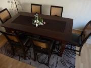 Tisch mit 6