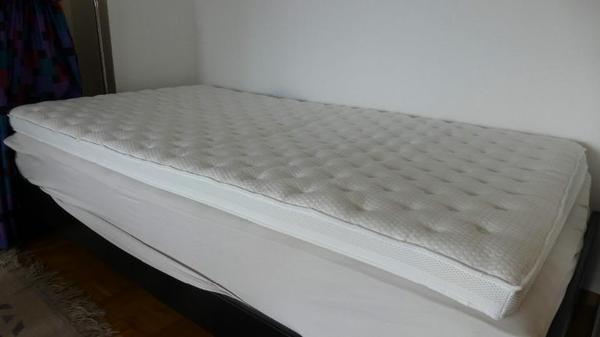 matratzenauflage einrichtungsgegenst nde. Black Bedroom Furniture Sets. Home Design Ideas