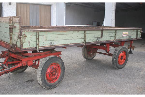 traktor anh nger 2 achser 3 7t f r holz usw in grettstadt traktoren landwirtschaftliche. Black Bedroom Furniture Sets. Home Design Ideas