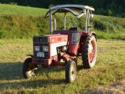 Traktor IHC 423