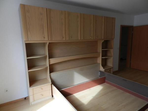 berbau schlafzimmer mit doppelbett und 2 50 meter schrank. Black Bedroom Furniture Sets. Home Design Ideas