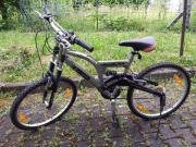 Verkaufe silbernes Mountainbike