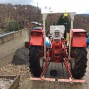 VERKAUFE traktor R7050