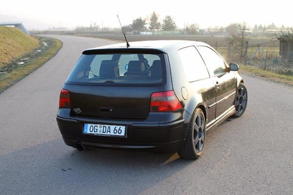 the car volkswagen golf 4 iv gti jubi edition 25 jahre ad of 2001 of 2800. Black Bedroom Furniture Sets. Home Design Ideas