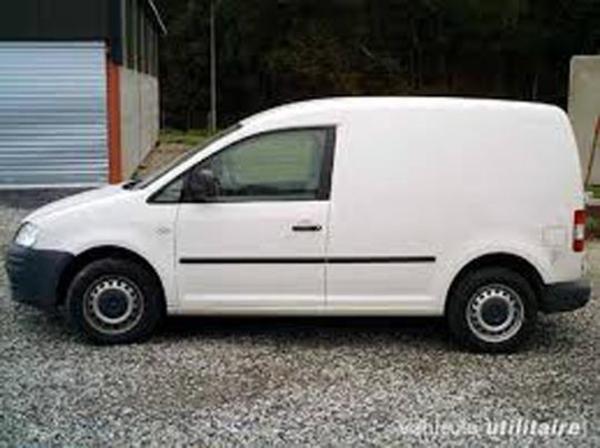 vw caddy 1 9 tdi kastenwagen diesel mit klima und ahk in. Black Bedroom Furniture Sets. Home Design Ideas