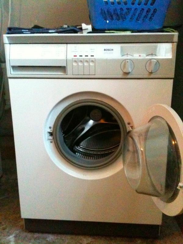 waschmaschine bosch wfk 4000 schleudergang hakt und. Black Bedroom Furniture Sets. Home Design Ideas