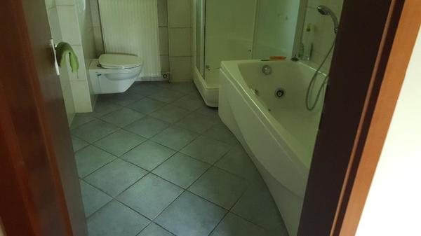 whirlpool badewanne kaufen gebraucht und g nstig. Black Bedroom Furniture Sets. Home Design Ideas