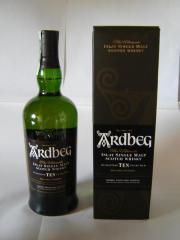 Whisky ARDBEG TEN, 1 Liter, Single Malt Wenn Sie einen rauchigen, intensiven Whisky bevorzugen, dann sollten Sie sich eine Flasche ARDBEG 10 gönnen. Voller und intensiver Geschmack, mit ... 44,- D-91058Erlangen Heute, 14:48 Uhr, Erlangen - Whisky ARDBEG TEN, 1 Liter, Single Malt Wenn Sie einen rauchigen, intensiven Whisky bevorzugen, dann sollten Sie sich eine Flasche ARDBEG 10 gönnen. Voller und intensiver Geschmack, mit