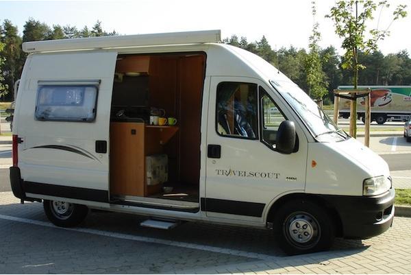 wohnmobil kastenwagen in bremen wohnmobile kaufen und. Black Bedroom Furniture Sets. Home Design Ideas