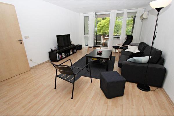 wohnung etagenwohnung mieten in m nchen vermietung 2. Black Bedroom Furniture Sets. Home Design Ideas