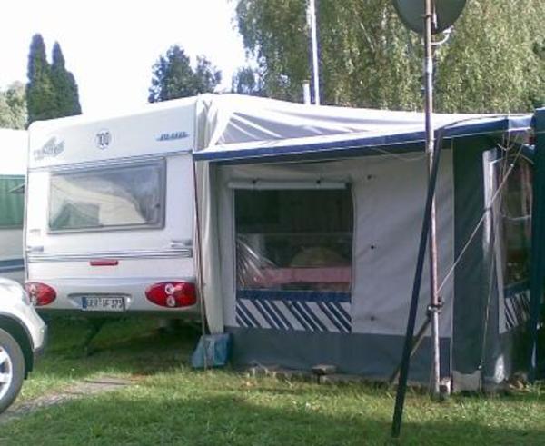 wohnwagen fendt platin 470 tfb in bellheim kaufen und verkaufen ber private kleinanzeigen. Black Bedroom Furniture Sets. Home Design Ideas