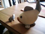 1 großer ein kleiner Fisch