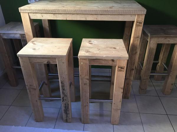1 stehtisch 4 hocker original von bauholz design in k ln speisezimmer essecken kaufen und. Black Bedroom Furniture Sets. Home Design Ideas