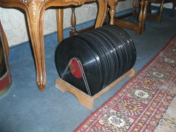 32 Schellack-Platten Sammlung gegen Gebot