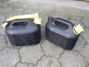 7 Stück Benzinkanister Kunststoff 5