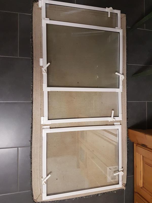 ACO THERM 3x KIPPFLÜGEL - KELLERFENSTER - EINSATZ - Schwabach - Ich habe gerade unsere Kellerfenster mit richtigen Dreh-/Kippfenstern nachrüsten lassen und daher sind unsere bisherigen verstellbaren Kippflügel mit Isoglas günstig abzugeben.Hersteller -Aco Therm2 X für Ramengröße : 75x50 cm 1 X für R - Schwabach
