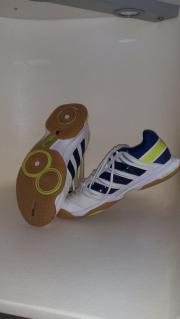Adidas Hallen Schuhe