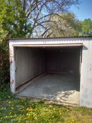 ältere Blech- Garage (