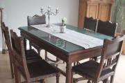 Antiker Essplatz, Tisch