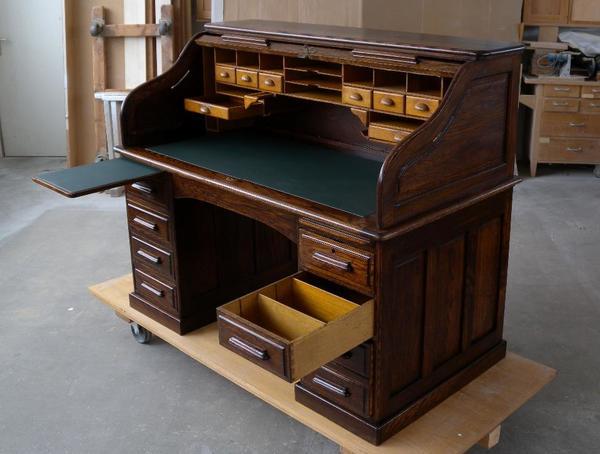 schreibtisch 1 mit 2 schublade ankauf und verkauf anzeigen. Black Bedroom Furniture Sets. Home Design Ideas