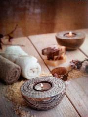 Aromaöl-Massagen mit