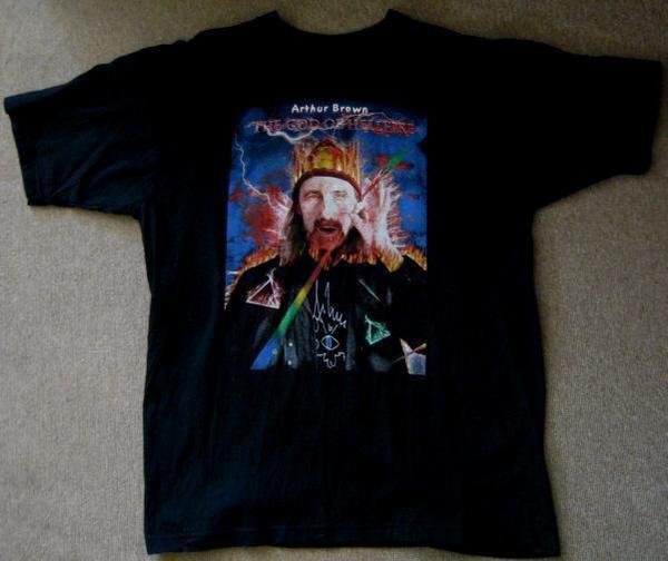 Arthur Brown - God Of Hellfire / Fan T-Shirt / Fanartikel - Niddatal - Fan-T-Shirt des Rockmusikers Arthur Brown (God Of Hellfire).Es ist ungetragen und in einwandfreiem Zustand.Material: BaumwolleGröße: M Ich biete dieses Arthur Brown - T-Shirt für nur 25 Euro (+Versandkosten) an. Bei Selbstabholung fallen nat - Niddatal
