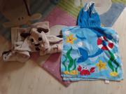 Bademantel und Handtuch