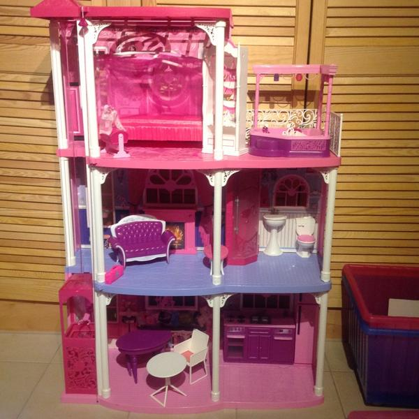 barbie haus in bad windsheim spielzeug lego playmobil kaufen und verkaufen ber private. Black Bedroom Furniture Sets. Home Design Ideas