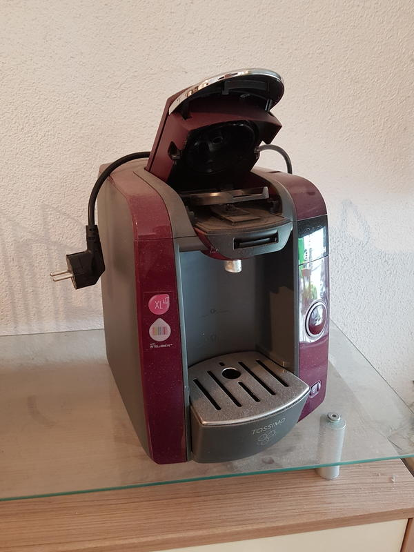 Bosch kaffeemaschine - Böhl-iggelheim - Bosch tassimo Kaffeemaschine Mit kapselhalter und einigen Kapseln. - Böhl-iggelheim