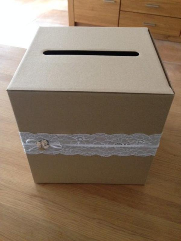 Box für Geldgeschenke und Gratulationskarten - Hochzeit - Gröbenzell - Die süße Box ist das perfekte Detail für eine Hochzeit im romantischen Vintage-Stil. Sie hat sich als sehr praktisch erwiesen und ist wie neu.Ich freue mich auf Ihr Gebot.Dieser Artikel kann abgeholt (Barzahlung) oder verschickt (Vorkasse - Gröbenzell