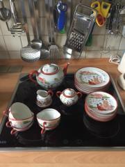 chinesisches Teeservice wahrscheinlich handgemalt