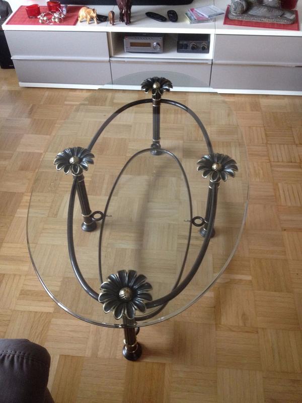 glas couchtisch aus mit ankauf und verkauf anzeigen billiger preis. Black Bedroom Furniture Sets. Home Design Ideas