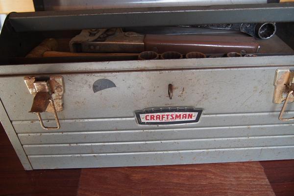 CRAFTSMAN Werkzeugkasten mit div. Werkzeugen, Vintage - 1960 - Komplettangebot - siehe Fotos! - Nehren - Eine besondere Rarität für Sammler, aber ebenso für Praktiker:CRAFTSMAN Werkzeugkasten, Vintage aus dem Jahre 1960, mit Inhalt:div. Ausbeulwerkzeug, Hämmer, Feilen, Tacker, Ratsche u. v. m. - siehe Fotos!!!Gesamtgewicht ca. 17 kg !Privatverka - Nehren