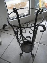 dekorativer schirmst nder schmiedeeisen st nder f r. Black Bedroom Furniture Sets. Home Design Ideas