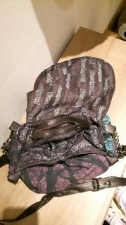 Desigual Tasche zu