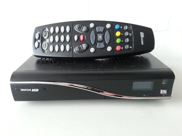 satelliten receiver hd gebraucht kaufen nur 4 st bis 70 g nstiger. Black Bedroom Furniture Sets. Home Design Ideas