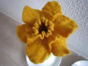 Eierwärmer handgefilzt Tulpe Tulpenform