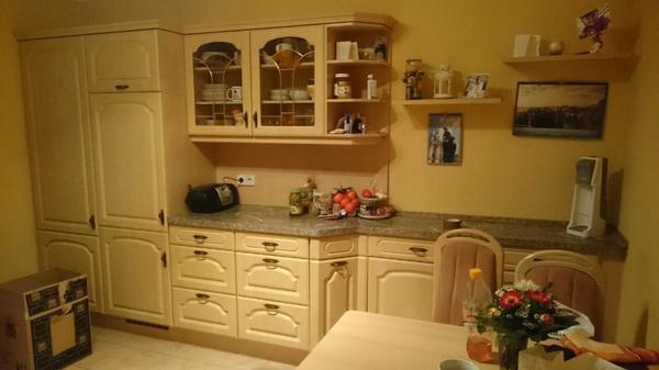 einbauk che landhausstil mit allen ger ten in leipzig k chenzeilen anbauk chen kaufen und. Black Bedroom Furniture Sets. Home Design Ideas