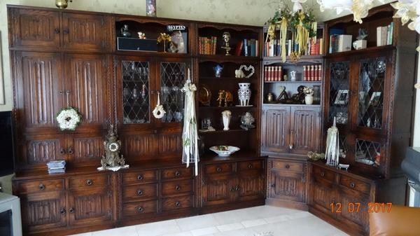 englische stilm bel schrankwand in m rlenbach stilm bel bauernm bel kaufen und verkaufen ber. Black Bedroom Furniture Sets. Home Design Ideas
