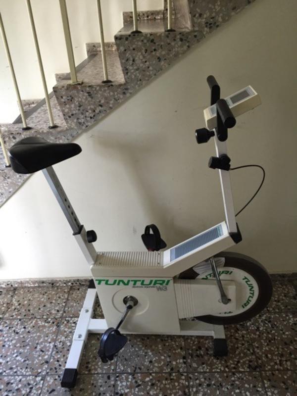 Ergometer Radl Hometrainer Tunturi Elektronic