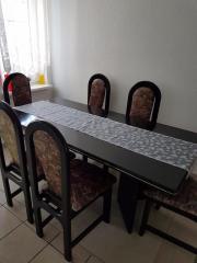 Esszimmer Tisch mit