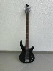 Fender Squier E-