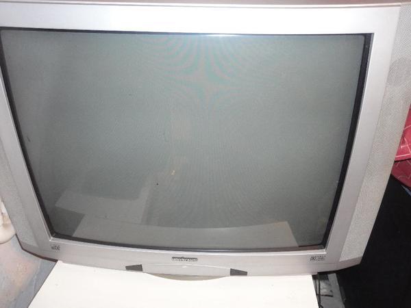 Fernseher Universum 70 » TV, Projektoren