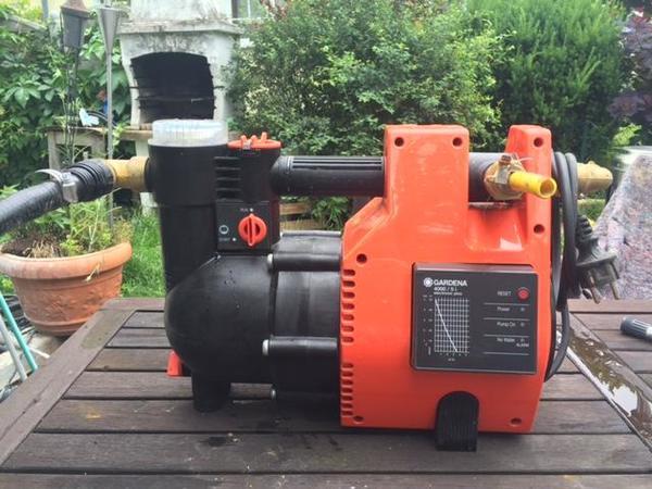 gardena hauswasserwerk pumpe typ 4000 5 electronic in bruchsal sonstiges f r den garten. Black Bedroom Furniture Sets. Home Design Ideas