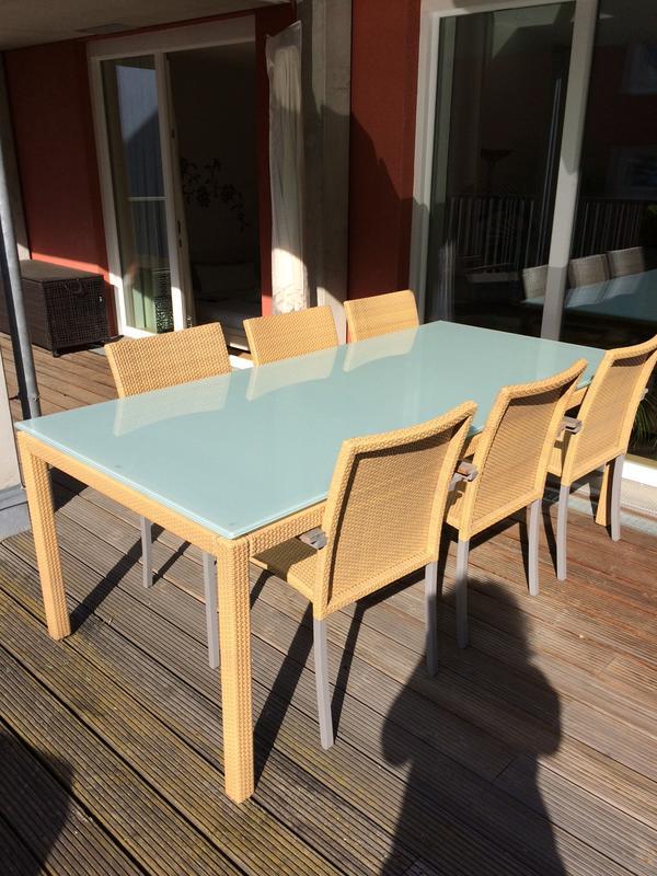 Gartentisch 100x215 cm mit 6 Stühlen in Frankfurt - Gartenmöbel ...