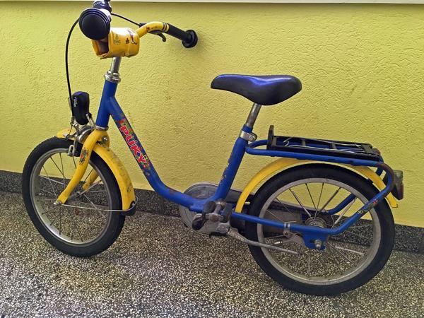 gebrauchtes blau/ gelbes Pucky Kinderfahrrad 18 Zoll mit Beleuchtung gebraucht kaufen  64287 Darmstadt