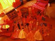 Geschenk Neuwertige große Barbie-Sammlung