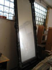 Große Spiegelkonsole
