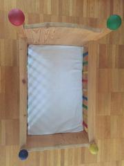 Handgefertigtes Puppenbett aus